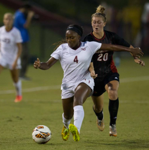 Jamia Fields getting the ball down the field for the 'Noles.